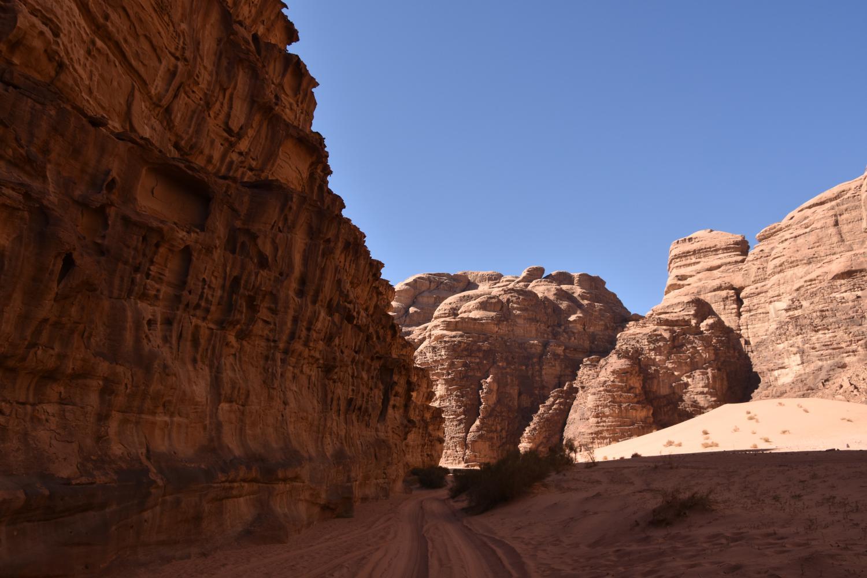 1. Bölüm: Petra - Akabe - Kızıldeniz - Wadi Rum